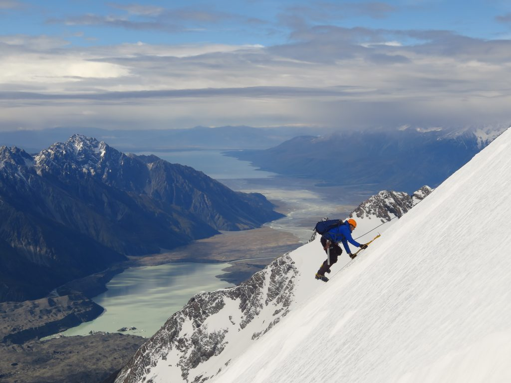 Mountaineering in New ZealandGuided Climing in New Zealand